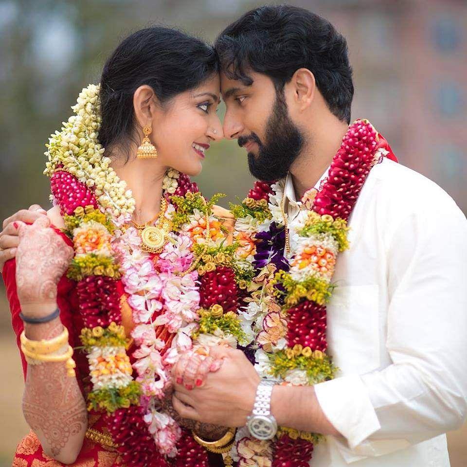 டாக்டரை பிரிந்த நடிகை திவ்யா உன்னி என்ஜினியரை மணந்தார் divya unni1