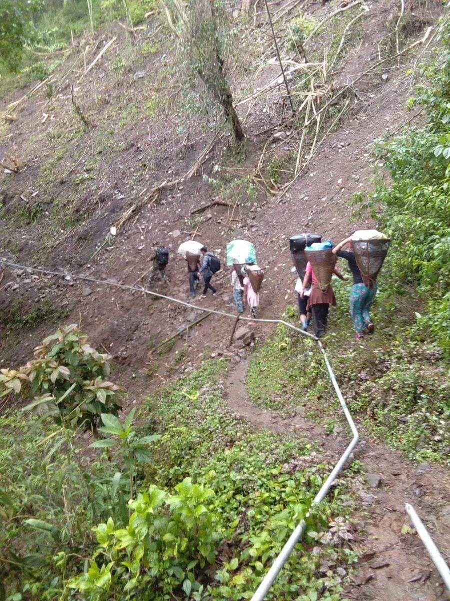 இந்தியாவின் மிக உயரிய வாக்குச்சாவடி மையம் எது தெரியுமா? Arunachal_Pradesh_at_Luguthang_-_Mukto_Assembly_3