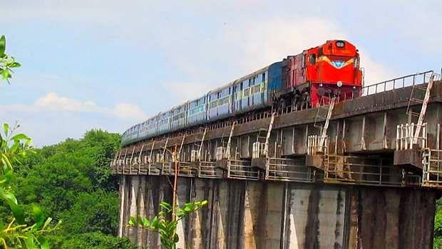 train-bridge