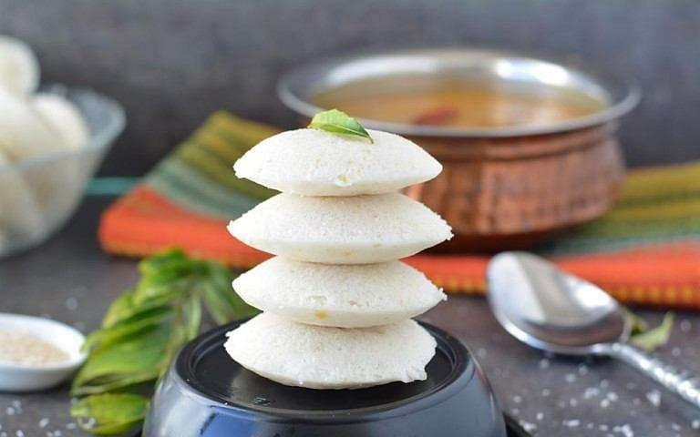 இட்லி சூப்பர் சாஃப்டாக வர என்ன செய்யலாம்? Instant-rice-idli-recipe-1-768x480