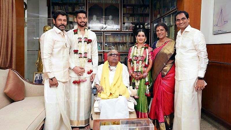 நடிகர் விக்ரம் மகள் அக்சிதா திருமணம்- Dinamani