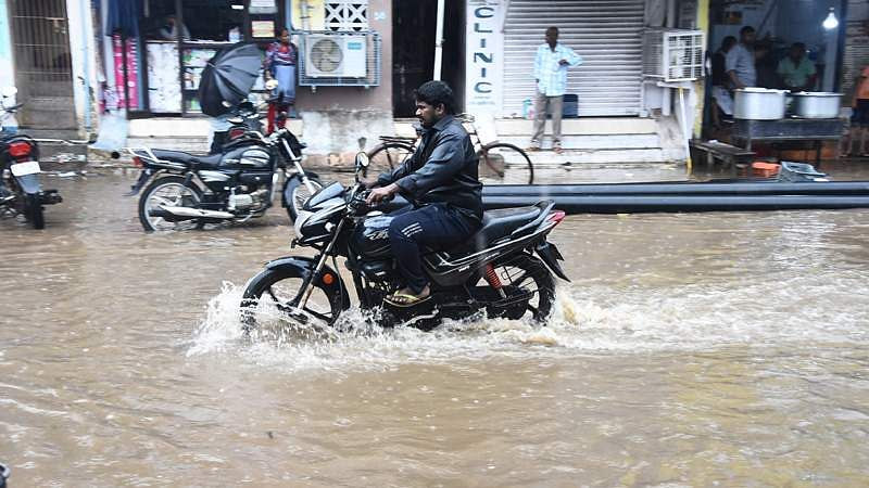 rains-4