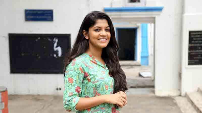 Sarvam_Thaala_Mayam_Pooja_Stills_(11)