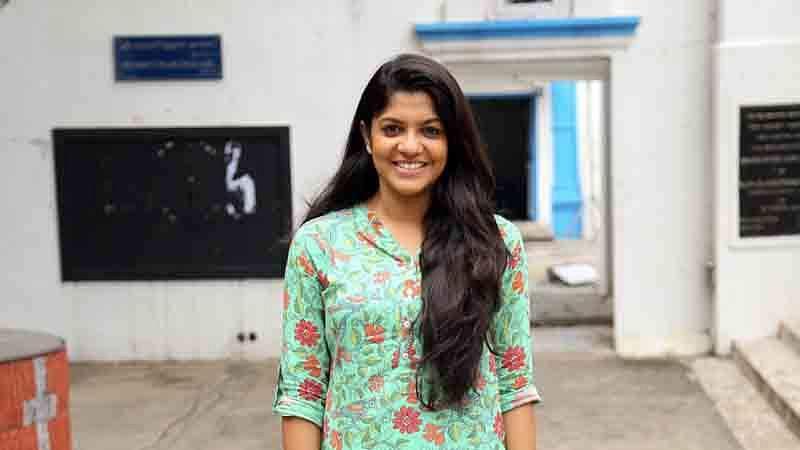 Sarvam_Thaala_Mayam_Pooja_Stills_(9)