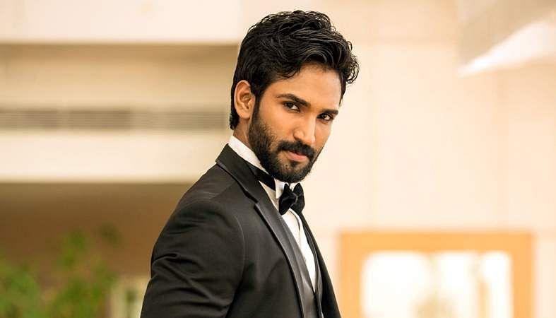 Actor-Aadhi-4