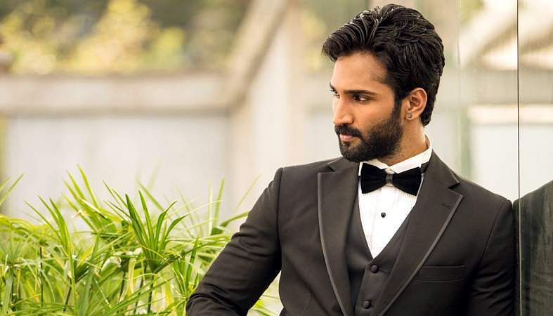 Actor-Aadhi-5