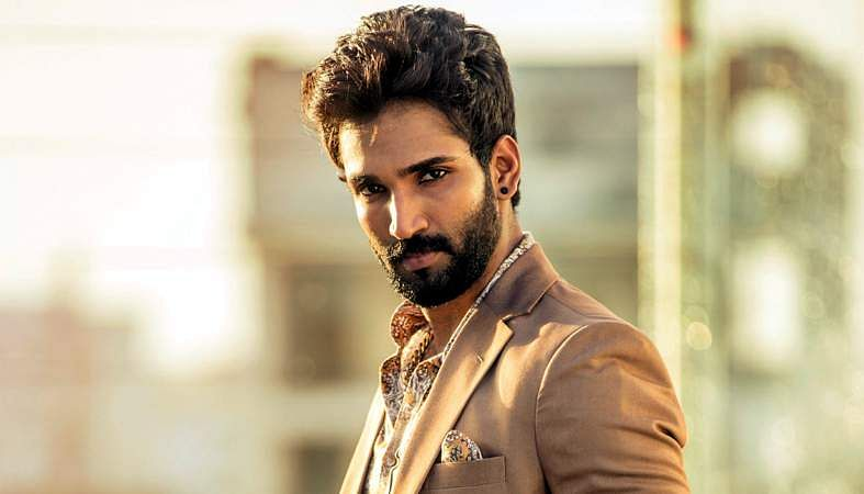 Actor-Aadhi-7