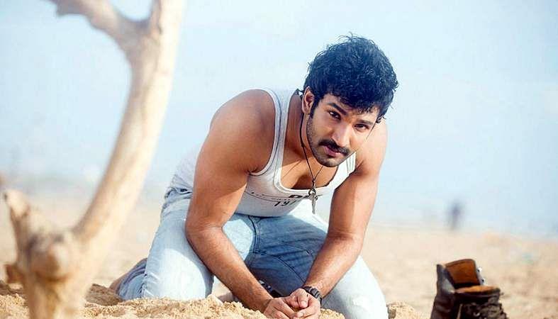 Actor-Aadhi-9