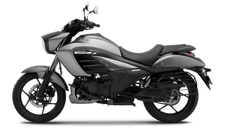 Suzuki-Intruder-5