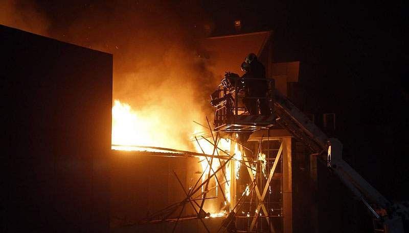 Mumbai-Fire-2