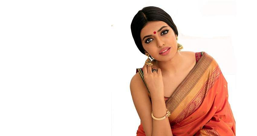 actress-sivani-rajasekhar-photos