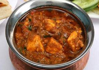 green_dhal_garlic_paneer