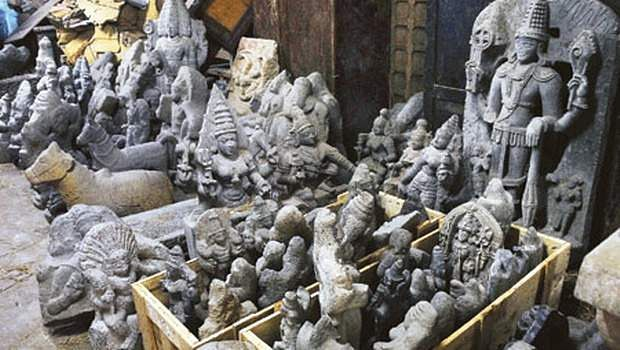 statue_smuggling