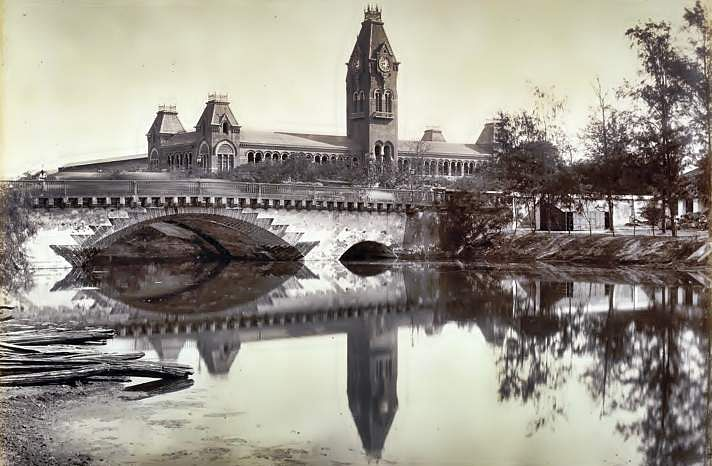 Central_Railway_Station_Madras_1880
