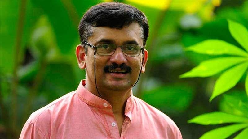 nilam-pooththu-malarntha-naal_820