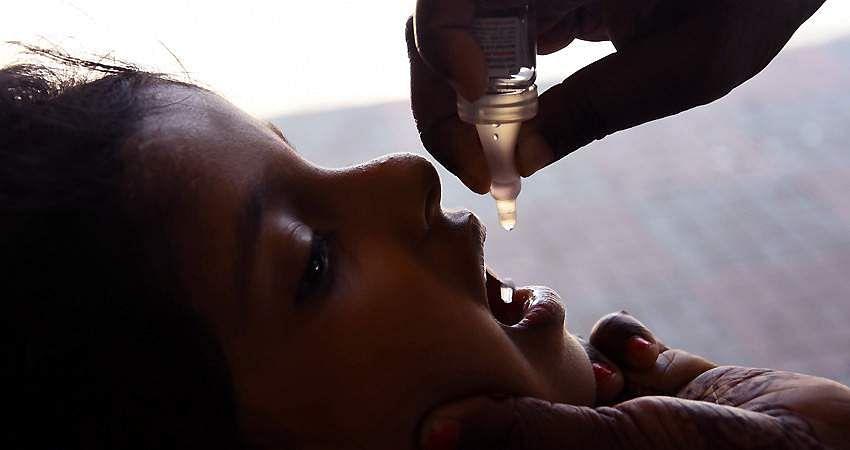 polio_drops-11