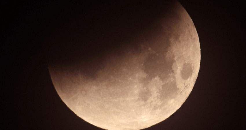 moon-8a