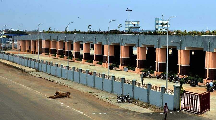Madhavaram_new_bus_stand_-2
