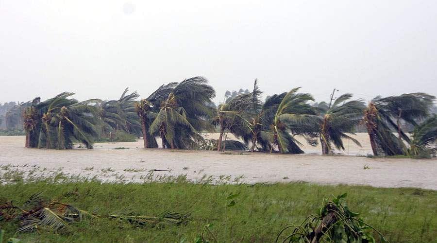 cyclonic-storm-Titli-3