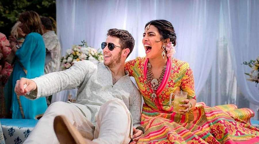 Priyanka-Chopra-and-Nick-Jonas-15