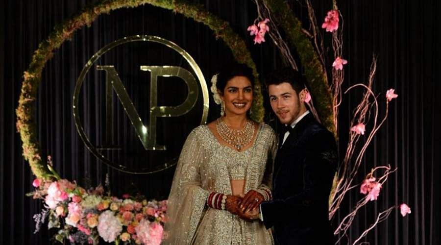 Priyanka-Chopra-and-Nick-Jonas-2