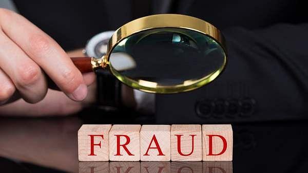 fraud_analyst