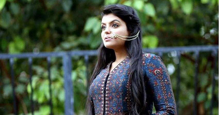 Actress_Tejashree_Jadhav_Photoshoot_Images_(15)