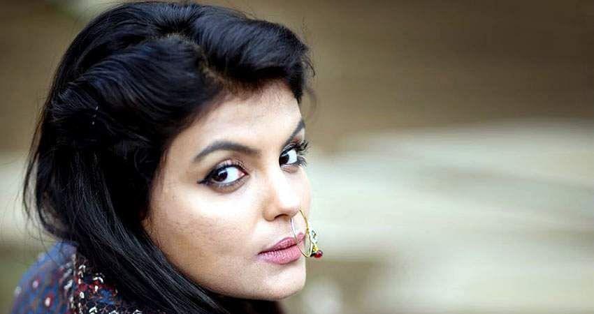 Actress_Tejashree_Jadhav_Photoshoot_Images_(25)