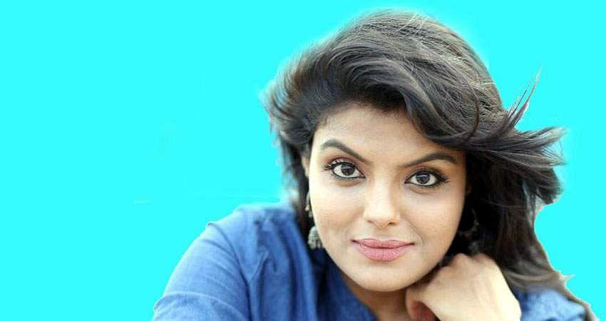 Actress_Tejashree_Jadhav_Photoshoot_Images_(7)