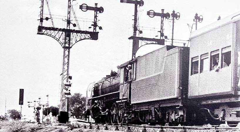 LOCOMOTIVE12