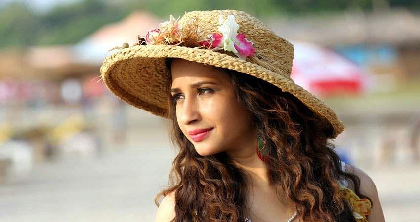 Actress_Manvitha_Harish_Stills-10