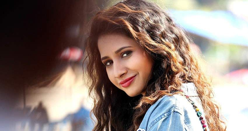 Actress_Manvitha_Harish_Stills-11