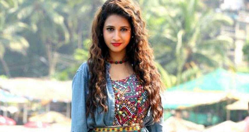 Actress_Manvitha_Harish_Stills-12