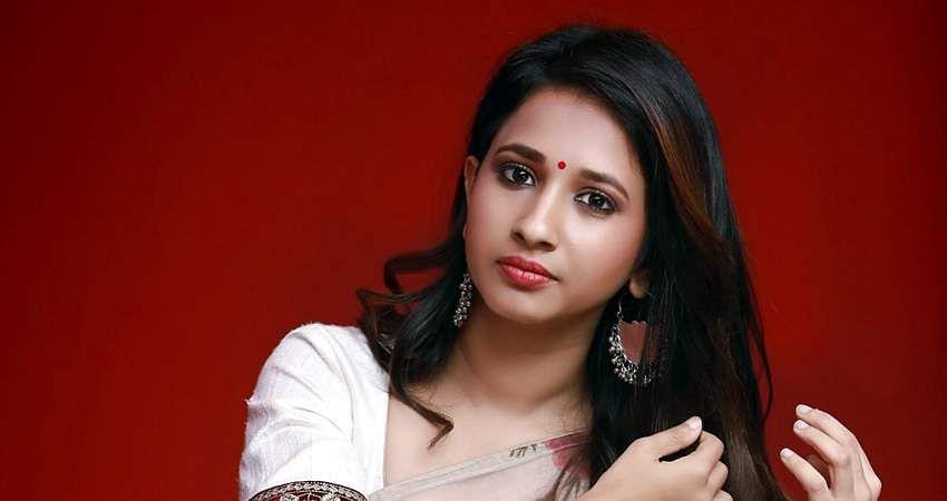 Actress_Manvitha_Harish_Stills-13