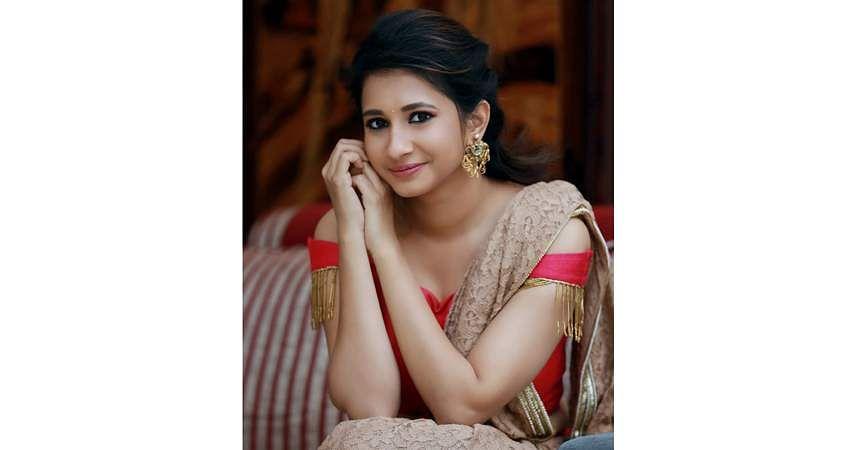 Actress_Manvitha_Harish_Stills-5