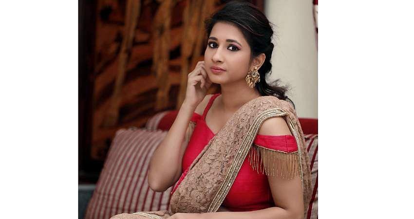 Actress_Manvitha_Harish_Stills-8