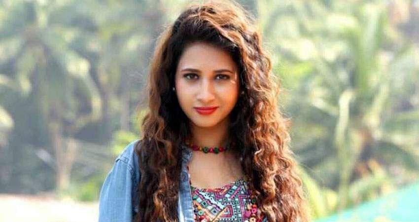Actress_Manvitha_Harish_Stills-9