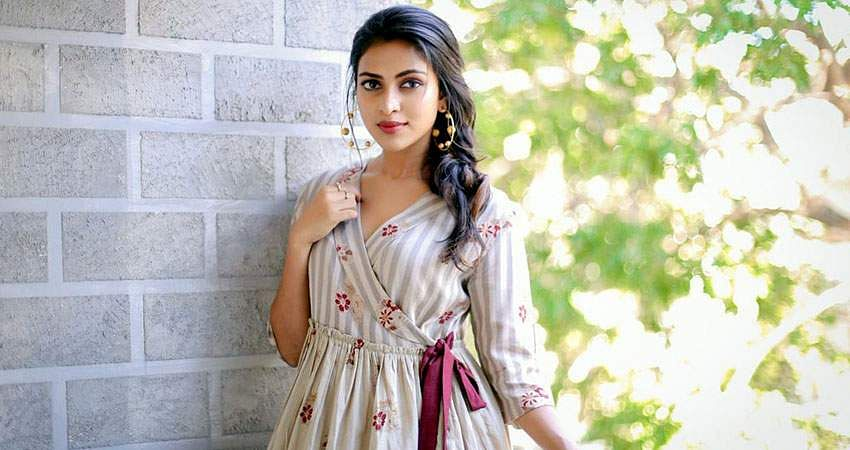 Actress-Amala-Paul-1