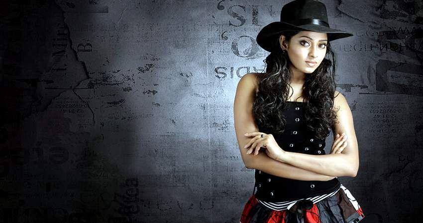 Actress_SunuLakshmi_Photos_005
