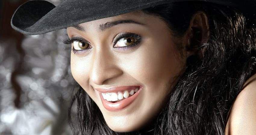 Actress_SunuLakshmi_Photos_007