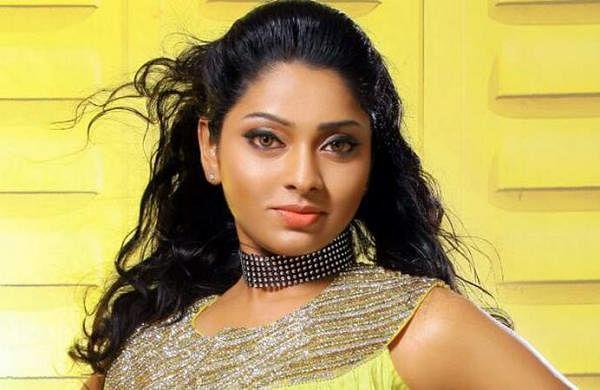 Actress_SunuLakshmi_Photos_001