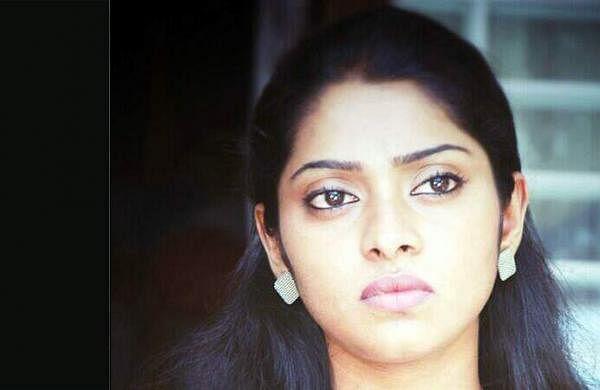 Actress_SunuLakshmi_Photos_008