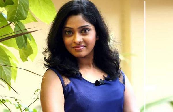 Actress_SunuLakshmi_Photos_011