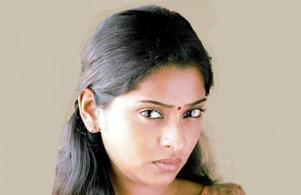 Actress_SunuLakshmi_Photos_013