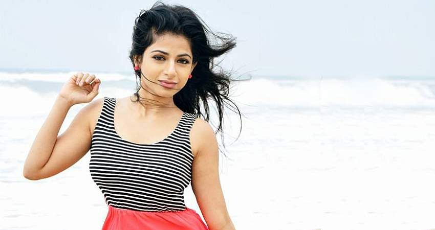 Aishwarya-Menon-3