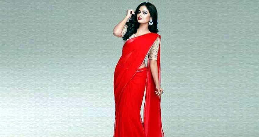 Actress-Nanditha-Stills-10
