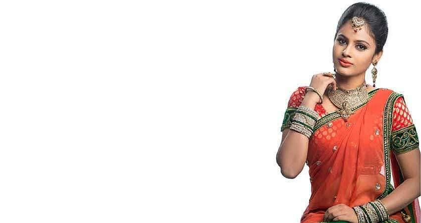 Actress-Nanditha-Stills-12