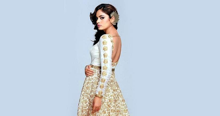 Actress-Nanditha-Stills-13