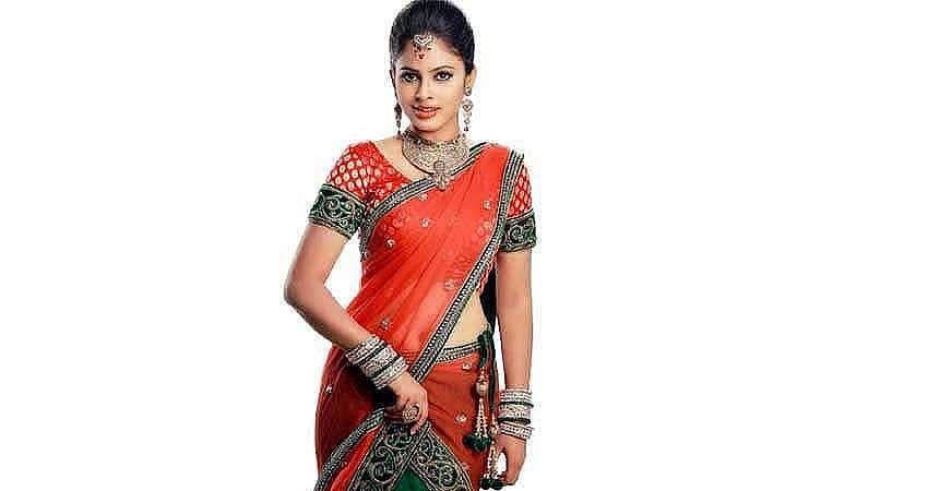 Actress-Nanditha-Stills-5
