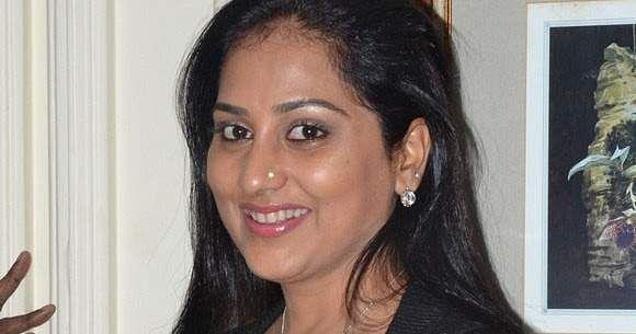gayathri_tv_actress